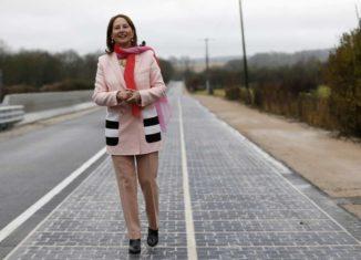 Prima Strada Solare al Mondo